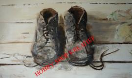 SS 0222 Oude schoenen