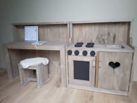 Speeltafel met achterwand incl krukje en keuken