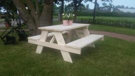 picknick bank kinderen onbehandeld