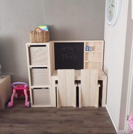 speeltafel luxe met kast en 2 stoeltjes 299,95euro