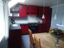 keuken purper rood