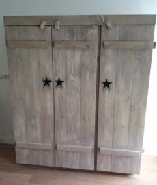3 deurs kast 150x57x180