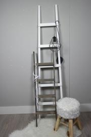 fruit ladder 170 x40 wit en trapje 110x30 taupe