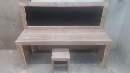 bouwpakket speeltafel met krijtbord 150x110x40 met 1 krukje