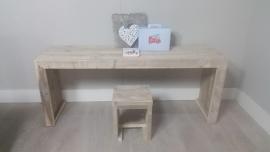 bouwpakket speeltafel gebruikt steigerhout met 1 krukje 150x40x60