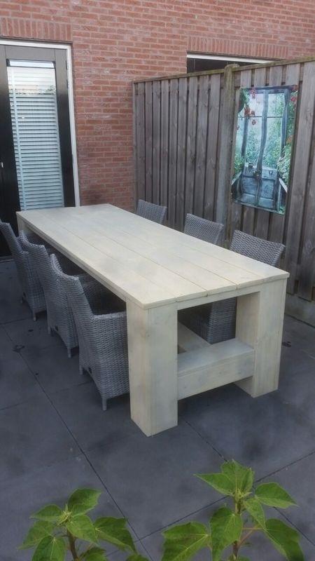Klooster tafel