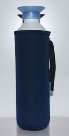 Koelhoudhoes voor speciale fles | Design by EIZOOK