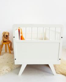 Vintage houten baby ledikantje 11 – Offwhite – restyle
