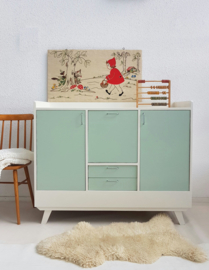Grote vintage sixties commode - 13 – zachtgroen – restyle