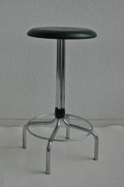 Krukje Brabantia met zwart skai zitting - retro