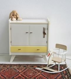 Commode met houten vogelfiguur - vintage-geel - sixties
