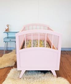 Vintage houten baby ledikantje van Herlag – Blos 14