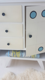 Vintage – fifties commode - 05 – restyle
