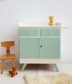 Vintage – fifties commode 3 – vintage green – restyle