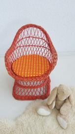Stoeltje peuter – pitriet – oranje - vintage