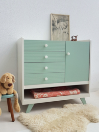 Vintage – ruime sixties commode 6 – vintage green – restyle