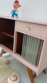 Klein dressoir  – Blos - 01 – vintage restyle
