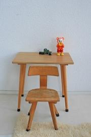 Vintage houten schooltafeltje met stoeltje -3-