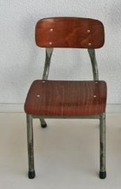 Schoolstoeltje 1 - vintage