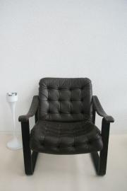 Retro leren fauteuil – jaren70 – Fins design