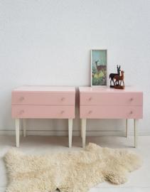 Set nachtkastjes – 12 - Blos - vintage restyle