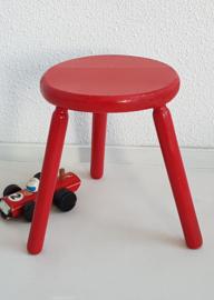 Peuter krukje – hout rood 1 - vintage
