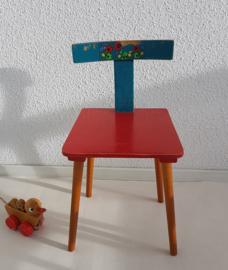 Peuter stoeltje – hout – rood+blauw  1 - vintage