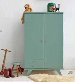 Vintage – sixties kledingkast celadoon – restyle