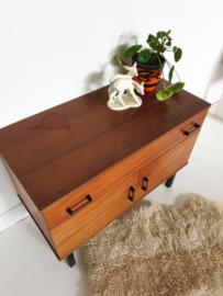 Klein dressoir / tv- of hal kastje - 11 – vintage
