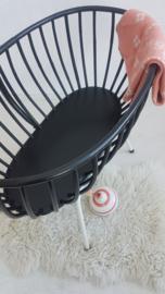 Vintage rotan wieg met ijzeren onderstel – 21 - restyle
