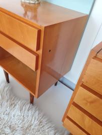 Set nachtkastjes met ruime afmetingen – 26 – vintage