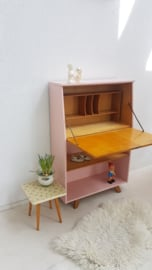 Vintage klepkast – secretaire op schuine poten – Blos - restyle