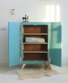 Kledingkastje kinderkamer – vintage-blue