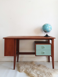 Vintage bureau - Celadoon – 13 - restyle
