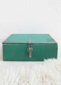 Kistje – groen – industrieel 01 - vintage