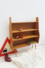 Vintage – houten boekenkastje met legplanken 02