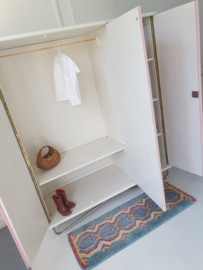 Vintage – driedeurs kledingkast Blos – 55 - restyle