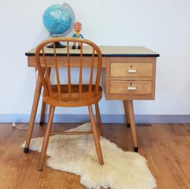 Vintage bureau met stoel voor tiener / volwassene