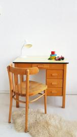 Vintage houten bureau van Piet Zwart