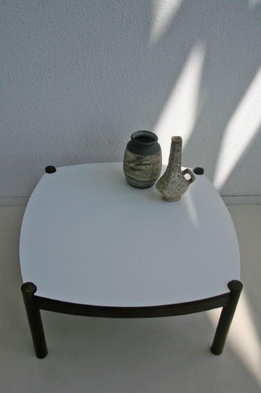 Spiksplinternieuw Retro salontafel - jaren 60 | tafels+bureaus verkocht | Studio Wietske UQ-17