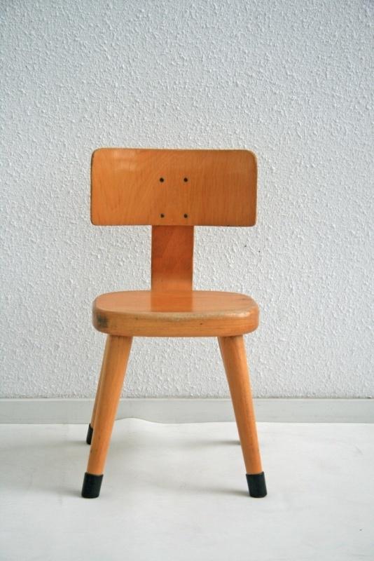 Ongekend Peuter stoeltje – hout - vintage | meubels verkocht | Studio Wietske JP-38