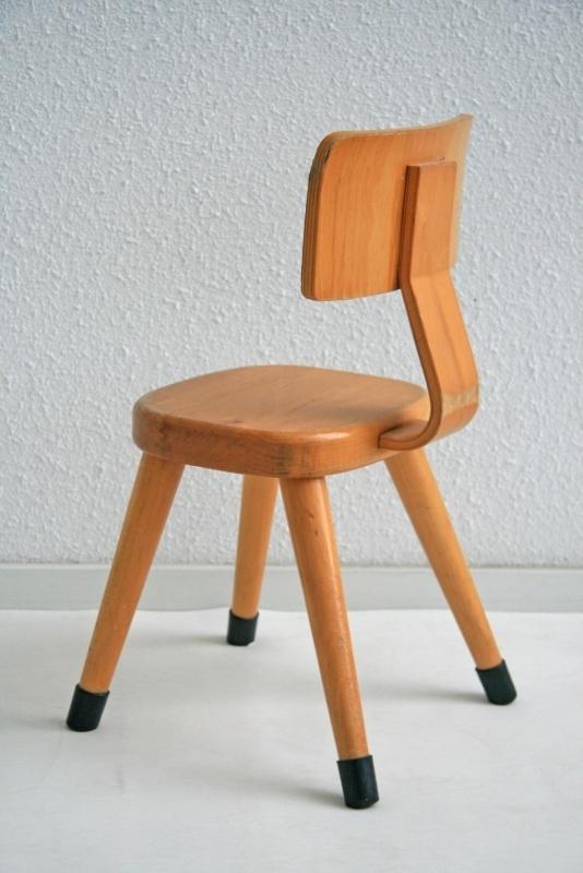 Wonderbaar Peuter stoeltje – hout - vintage | meubels verkocht | Studio Wietske RF-63