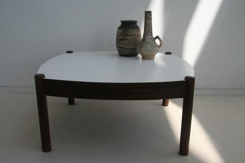Wonderlijk Retro salontafel - jaren 60 | tafels+bureaus verkocht | Studio Wietske QJ-13