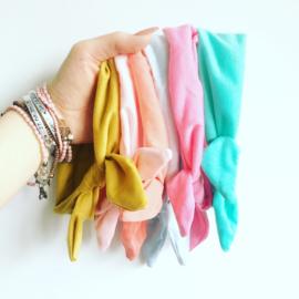 Knoop haarbandje in diverse kleuren