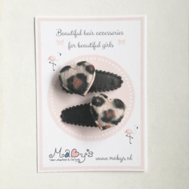 Baby haarspeldjes zwart - hartje panterprint