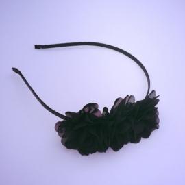 Diadeem zwart met 3 chiffonbloemetjes zwart