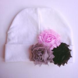 Babymuts - Wit met 3 bloemen
