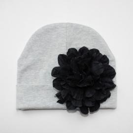 Babymuts - Grijs met zwarte bloem