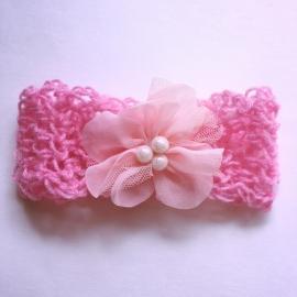 Gehaakt baby haarbandje - Donkerroze met bloem roze