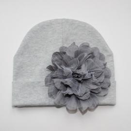 Babymuts - Grijs met bloem